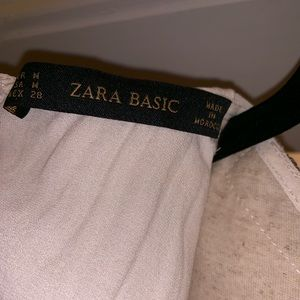 Zara Tops - Zara sleeveless embroidered blouse with pleating